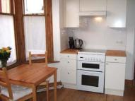 Jersey Road Flat to rent