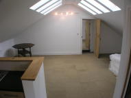Wrabness Hall CottageChurch Road Studio flat to rent
