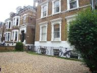 2 bed Flat to rent in Caznove Road