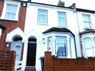 4 bed home in Primrose Road