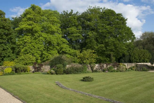 The Walled Garden-05