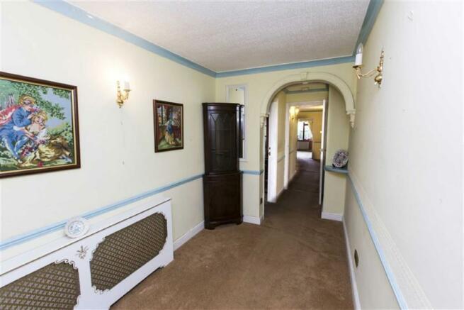 Entrance Porch/Hall