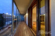 Penthouse for sale in The Gallaries...