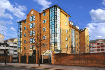 2 bedroom Flat to rent in Belvedere Heights...