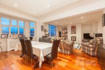 2 bed Flat for sale in Northways...
