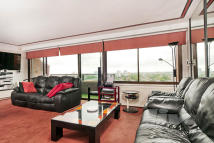 Cresta House Flat for sale