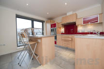 2 bedroom Flat to rent in Northpoint...