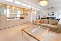 Apartment in Park Road, Regents Park...