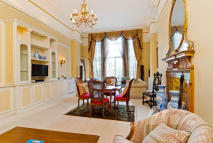 4 bed Flat to rent in Albert Hall Mansions...