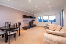 2 bedroom Flat in Haverstock Hill...