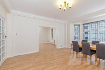 Wellington Court Flat to rent