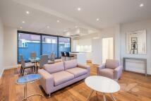 3 bedroom Duplex to rent in Eastnor Castle...