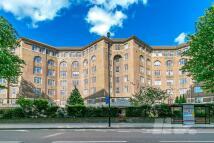 Cropthorne Court Flat to rent