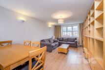 3 bedroom Apartment to rent in Sarda House, Queensway...