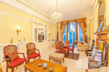 Flat for sale in Albert Hall Mansions...