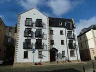 Flat to rent in West Silvermills Lane...