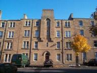 Flat to rent in Balfour Street, Leith...