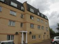 3 bed Flat in Hermand Crescent...