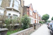 2 bedroom Flat to rent in Fairbridge Road, London