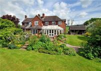 6 bedroom property in Coppice Green Lane...