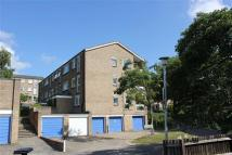 1 bedroom Flat in Friars Wood, Pixton Way...