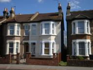 3 bed End of Terrace property for sale in Whitehorse Road, Croydon...