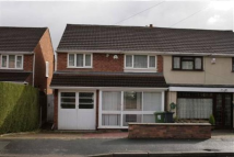 3 bed semi detached home to rent in Park Farm Road...