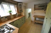 4 bedroom property to rent in Wimborne Town Centre