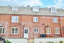 Flat to rent in Blandford
