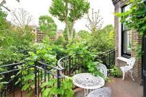 4 bedroom Flat to rent in Warrington Crescent...