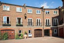 4 bed Terraced house in Maple Mews , London