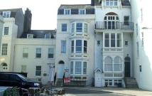 2 bed Flat to rent in Weymouth