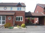 2 bedroom semi detached house to rent in Rushfield Gardens...