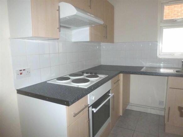 Kitchen Tiles Oldbury 2 bedroom apartment to rent in st james gardens, oldbury, west