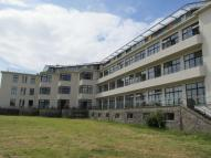 3 bedroom Flat to rent in The Headlands...