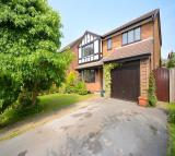 4 bed Detached house in Amberleigh Close...