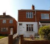 Heath Road End of Terrace property to rent
