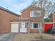 3 bed Link Detached House to rent in Fairfield Gardens...