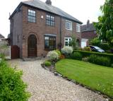 3 bedroom semi detached property to rent in Goose Lane, Hatton...