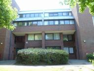 Apartment to rent in Chandos Way...