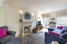 4 bed Terraced house to rent in Marlborough Place...