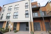 Apartment to rent in Fairthorn Road, London...