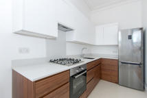 Flat to rent in Brixton Road, London, SW9