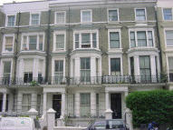 Studio flat in Holland Road, London, W14