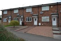 2 bed home in Woodhill Crescent...