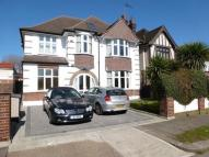 5 bed Detached home to rent in Boston Gardens, London
