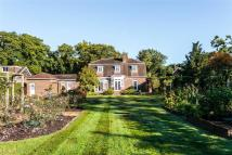 4 bedroom Detached property for sale in Reading Road, Eversley...