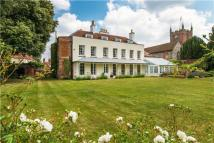 7 bedroom Detached house in The Bury, Odiham, Hook...