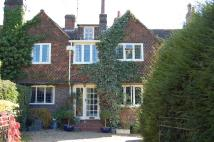 4 bed semi detached house to rent in Haywards Heath...
