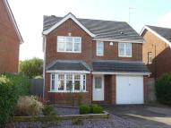 4 bedroom Detached house to rent in Foxglove Close
